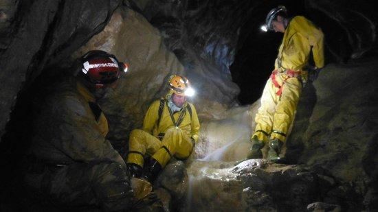 Grotte de Balme : Une eau vive, qui chante et rassure.