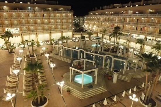 Cleopatra Palace Hotel : picina