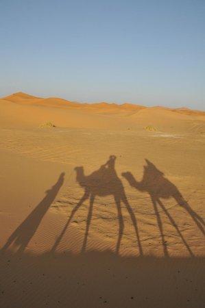 Merzouga Desert: Auf dem Weg in die Dünen von Merzouga