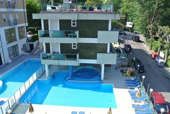 Hotel Majestic: piscina
