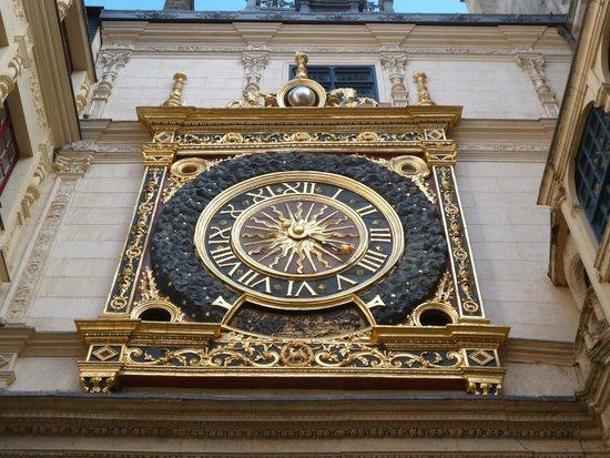 Rue du Gros Horloge : Большие часы