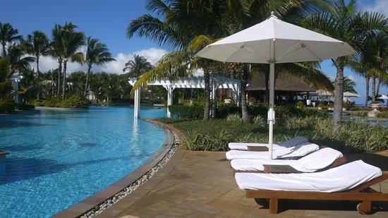 Sugar Beach Mauritius : Main Pool Area