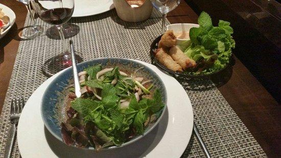 Siam Shiki: Salade thaï et spring rolls