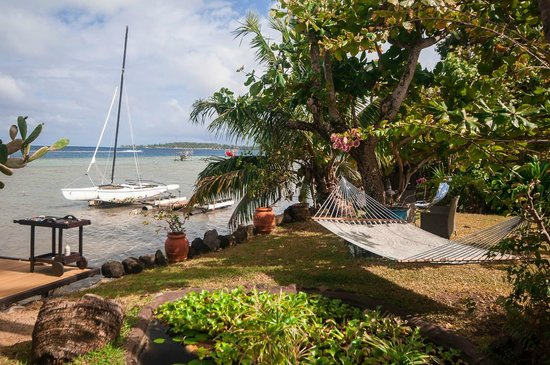 Bora Bungalove next to the lagoon : View from private deck