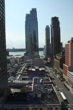 YOTEL New York at Times Square West : The view towards the Hudson River
