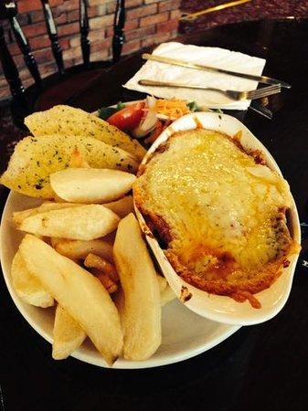 Ferryboat Inn: lovely  lots on plate too x