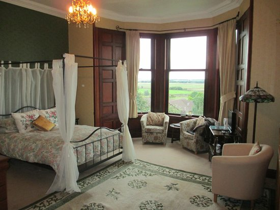 Hillcrest House: 'Moray' Room - lovely & has nice views