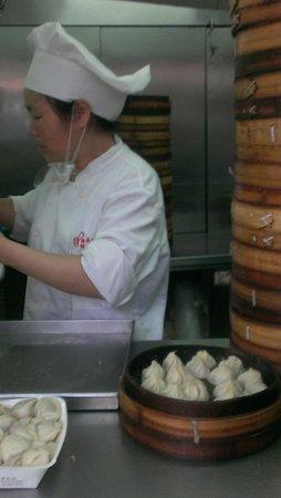Nanxiang Mantou Dian (YuYuan) : 受け取り口