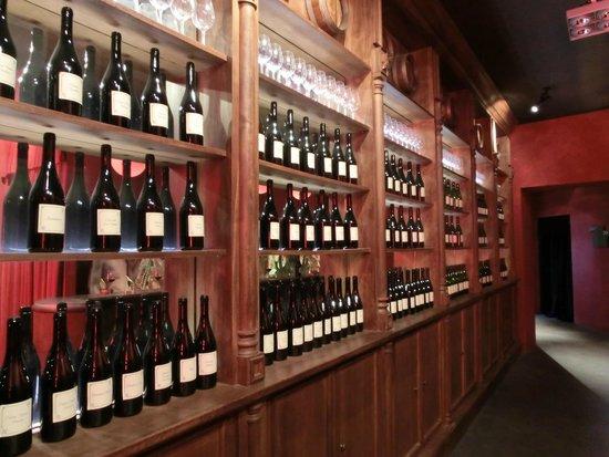 WiMu - Museo del Vino a Barolo : esposizione vini