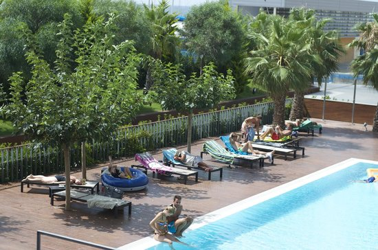 Hotel Atenea Port Barcelona Mataro : pool area