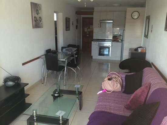 Los Geranios A108 main seating/ kitchen area.