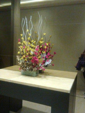 DoubleTree by Hilton Gurgaon-New Delhi NCR: LOBBY