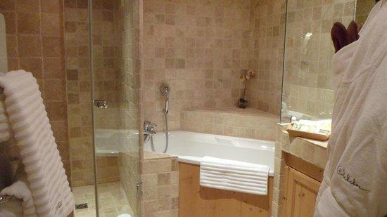 Le Chabichou : salle de bain