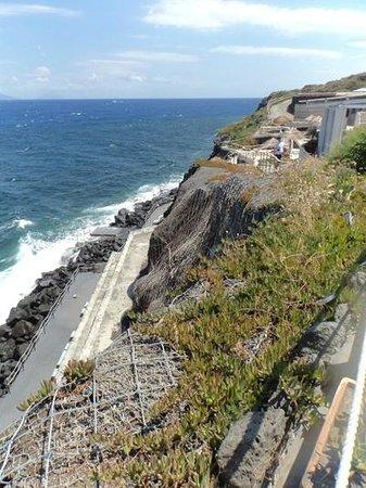 Therasia Resort: La discesa al mare