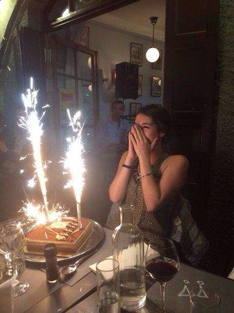 Cafe de la Place: Bonne anniversaire mademoiselle...