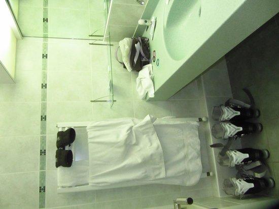 Val Chaviere Hotel: la salle de bain