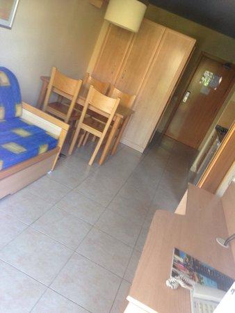 Aparthotel SunClub Salou: Spotless!