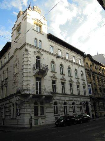 Hotel Parlament: Esterno Hotel