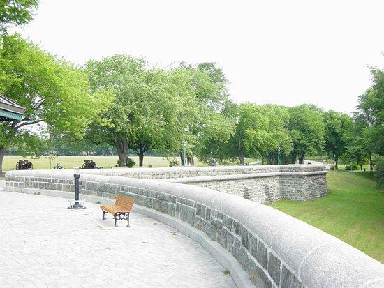 BEST WESTERN PLUS City Centre/Centre-Ville : Promenade