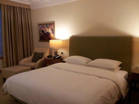 Regent Warsaw Hotel: Very comfortable bed