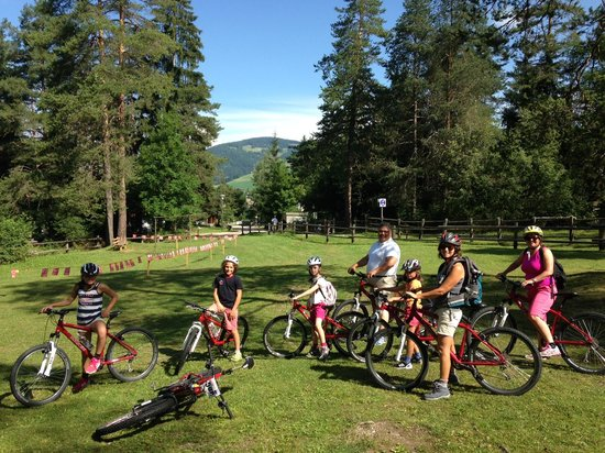 Excelsior Dolomites Life Resort: Family Bike day