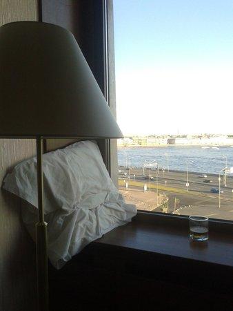 Saint Petersburg: Вид из окна