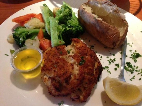 Green Olive: Crab Cakes