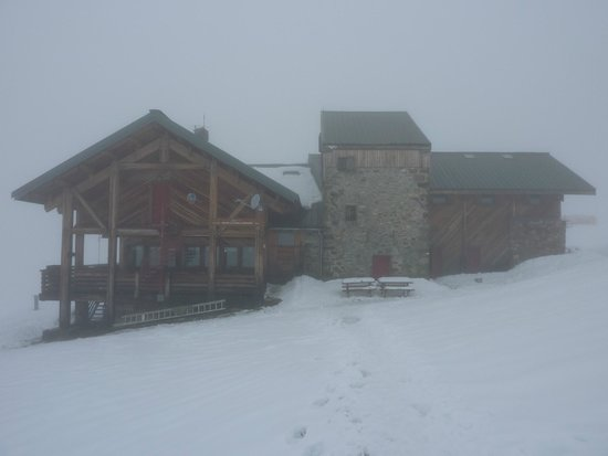 Refuge du Col de la Croix du Bonhomme : Bonhomme in the snow