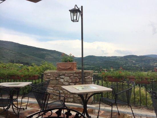la bastiglia: Uno dei più bei panorami dell'Umbria