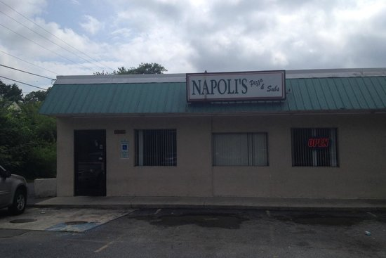 Napoli's : Small, worn front