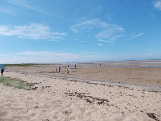 Presthaven Holiday Park: beach
