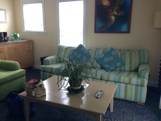 Parrot Key Hotel and Resort : Living room space