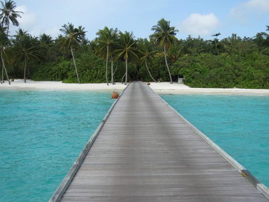 Gili Lankanfushi Maldives : From the Villa to the Restaurant