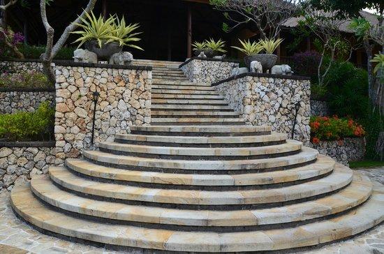 Four Seasons Resort Bali at Jimbaran Bay : inkomhal