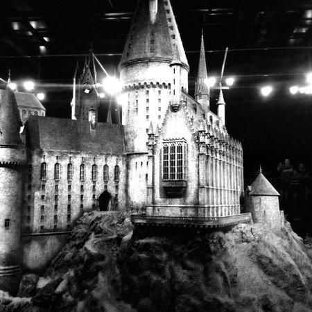 Warner Bros. Studio Tour London - The Making of Harry Potter: Magical