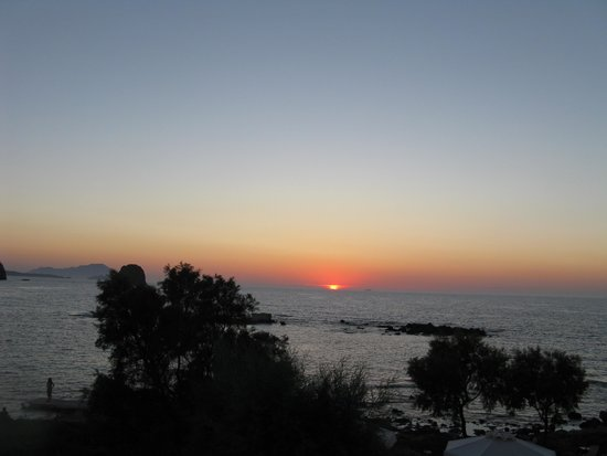 Nefeli Sunset Studios : sunset