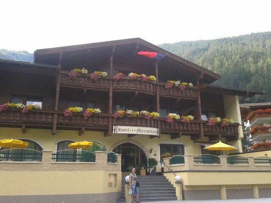 Hotel Maximilian : Esterno albergo
