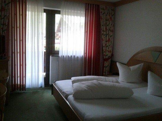 Hotel Maximilian : stanza