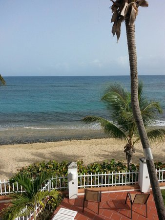 Villa Tropical Oceanfront Apartments on Shacks Beach: Amazing place!!