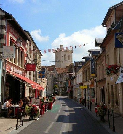 Le Bougnat : Terrasse de charme  !