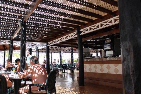 Hotel Servatur Waikiki : Bar piscina