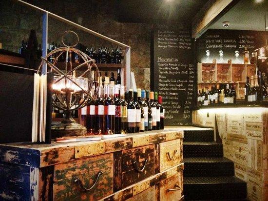 The Wine Box - Vinhos & Tapas: :)