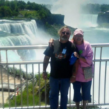 Super 8 Niagara Falls/Buffalo Area: Niagra was great, we LOVED Super 8!!!!!