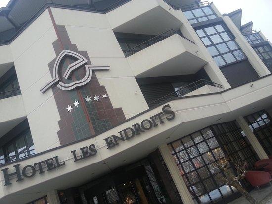 Grand Hotel Les Endroits: Fachada principal