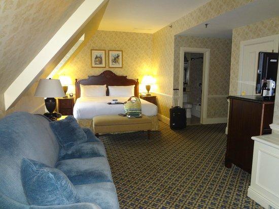 Fairmont Le Chateau Frontenac: Room 6157
