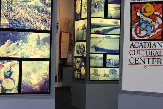 Acadian Cultural Center: museum display
