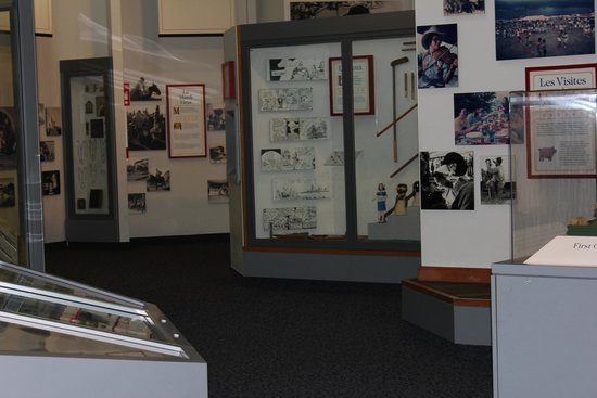 Acadian Cultural Center: museum display