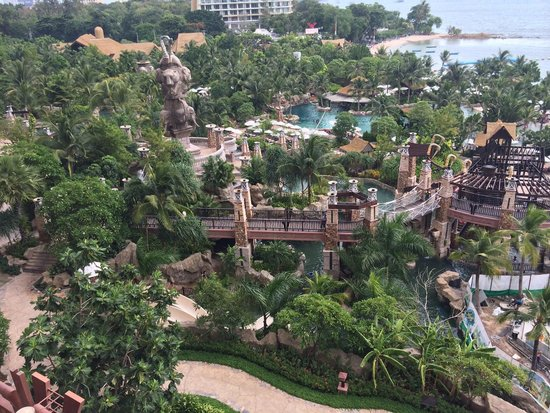 Centara Grand Mirage Beach Resort: Water park