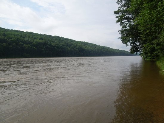 Dingmans Campground: Delaware River