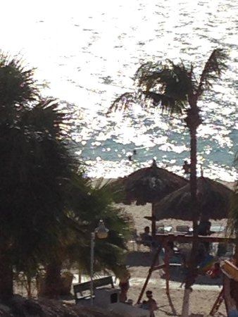 Costa Linda Beach Resort: View from our room....